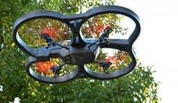 四旋翼飛行器 Parrot AR.Drone2.0
