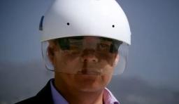 工業用增強現實安全帽 Smart Helmet