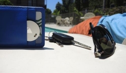 TrackR bravo—小巧輕薄的物件追蹤器