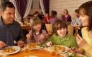 一家人常在一起吃飯對孩子有3大好處