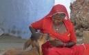印度加爾各答裏的奇風異俗,女性竟為牛哺乳 !大便不用手紙!震驚!!