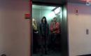 超能力男子坐電梯!這樣的電梯惡作劇也是醉了...