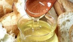 蜂蜜能潤腸通便!可蜂蜜怎麼喝才護肝又補腎?