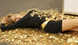 為什麼錢越花越有,越省越窮?