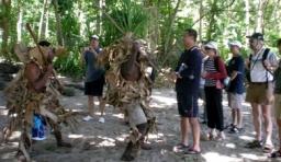 萬那杜的部落制度和風俗文化