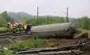 德國一列火車撞上糞車 致2死20傷
