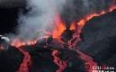 法國火山噴發 火紅熔岩噴薄而出